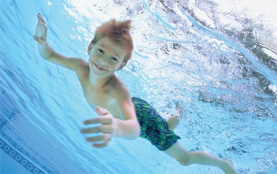45898904_plavanie