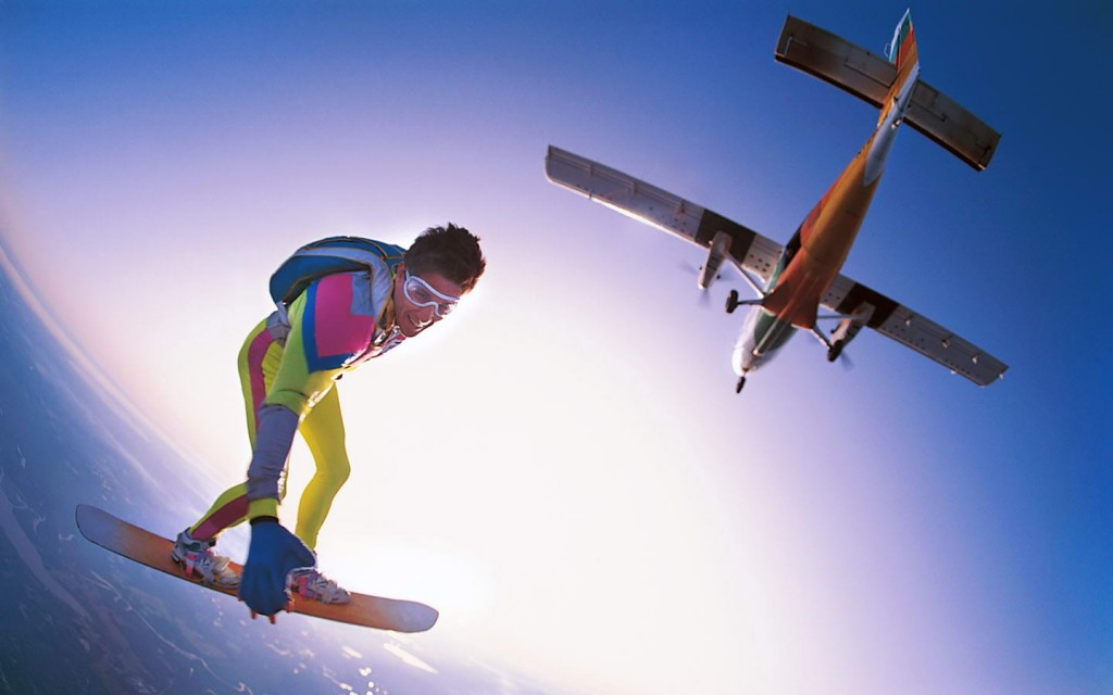 skydiving-extreme-sports-11-2-1024x640