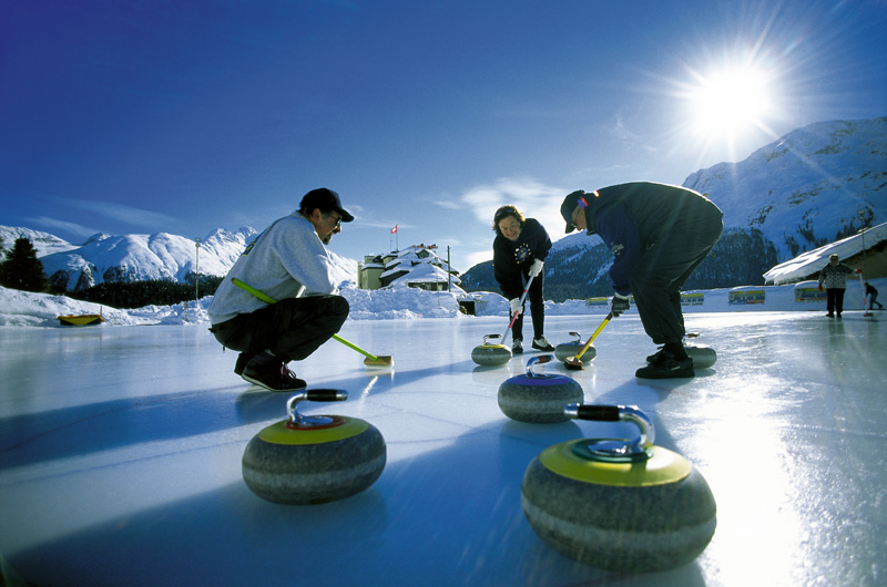 ENGADIN St. Moritz: Curling