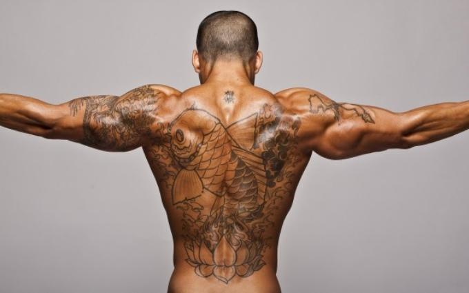 tattoos-men-muscle-600x375