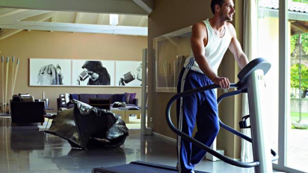 065_5916_treadmill_zoom