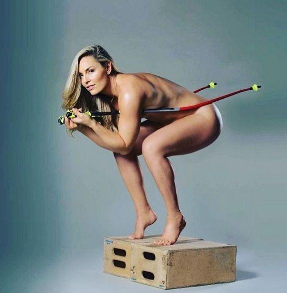 Полностью голые спортсменки фото видео127